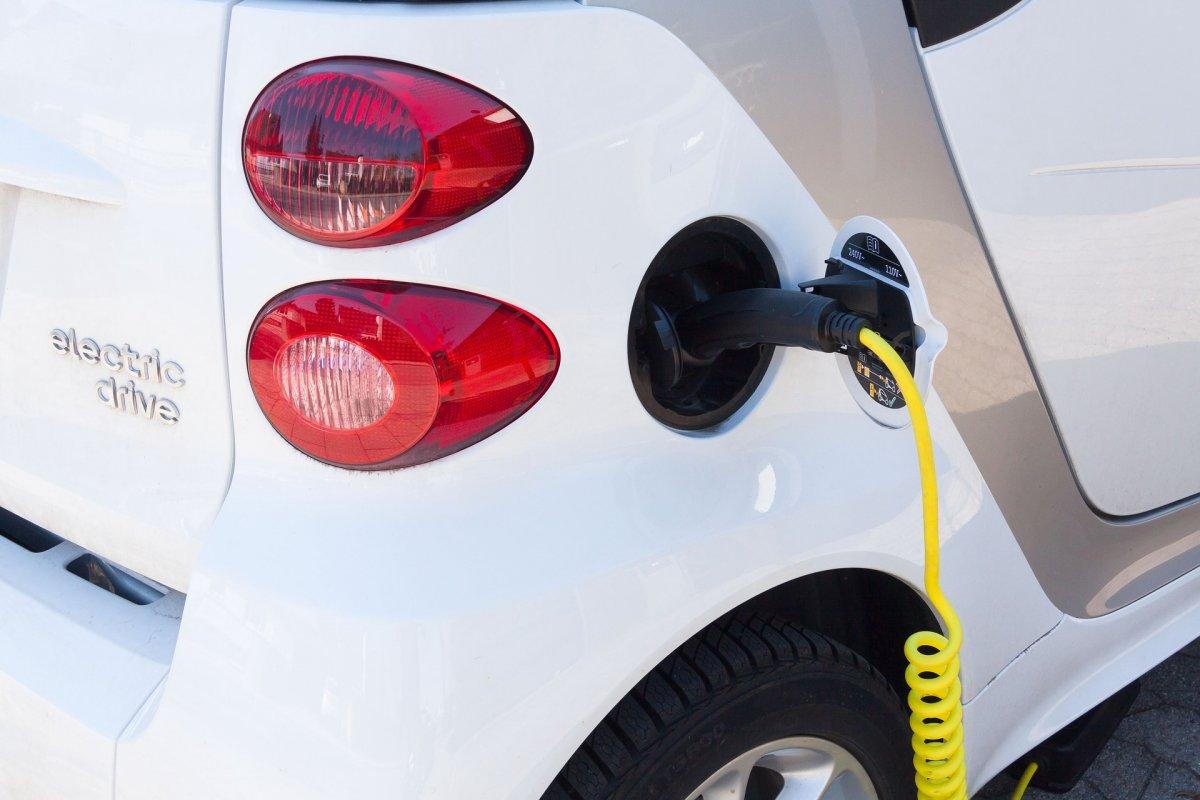 Вступив в силу закон про інфраструктуру для електромобілів