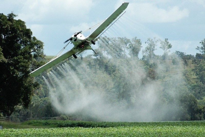 ЄБА закликає Уряд вирішити питання утилізації непридатних засобів захисту рослин